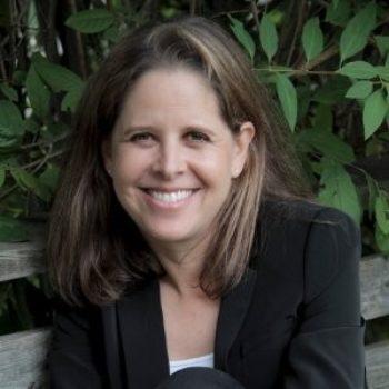 Claudia Aronowitz BSc, MAPublic Health, CPCC, PCC